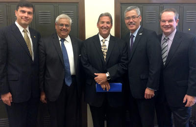 ITS Director Alexandre Bayen, College of Engineering Dean S. Shankar Sastry, Assemblymember Jim Frazier, CCTA Executive Director Randell Iwasaki, and PATH Co-Director Tom West